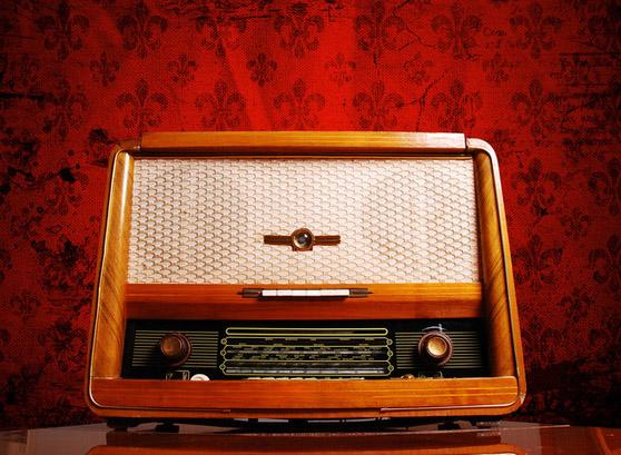 orange_radio_2